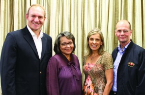 The City of Cape Town, enthusiastically led by Mayor Patricia de Lille, is partnering with Western Province Athletics (WPA) along with Elana Meyer of Endurocad and Francois Pienaar of ASEM Running to stage an iconic city marathon befitting the great city of Cape Town.